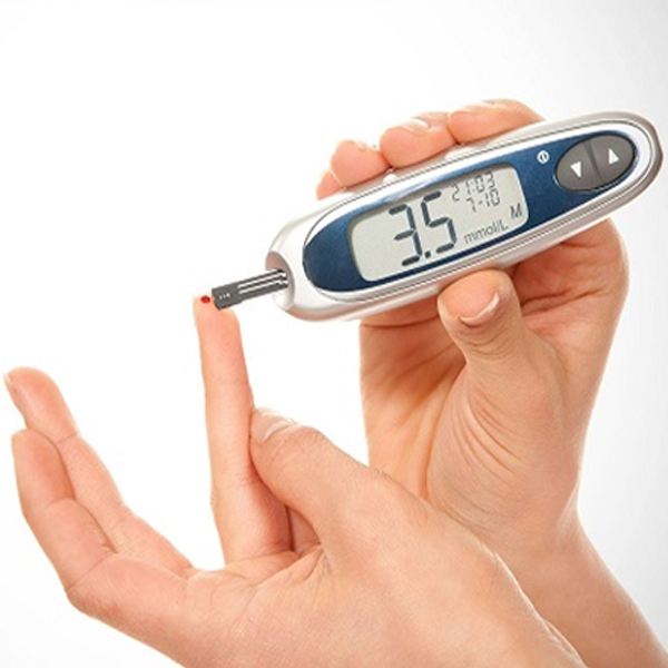 In a patient with diabetes, if he has sudden hypoglycemia then it is necessary to rule out CKD?