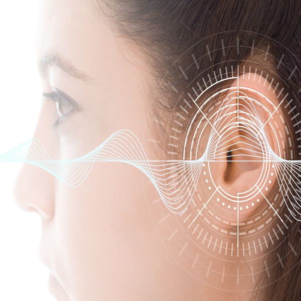 What is the management approach of patients with hearing loss?